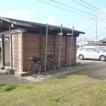 無料駐車場にあるトイレ