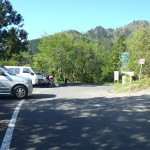 林道入口に駐車