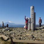 塔の岳到着・10:53バックに富士山